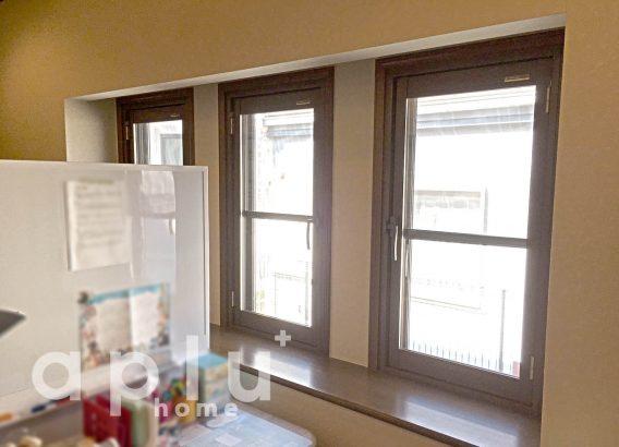 お子様のピアノ室にて、内窓+裏地付きカーテンで防音対策を!